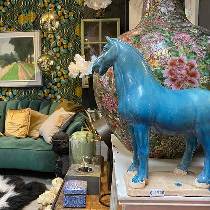 wonen blauw paard
